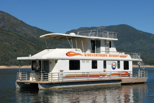 The Queen II sleeps 16 comfortably.