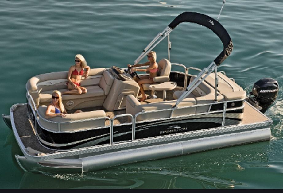 Bennington Pontoon Boat